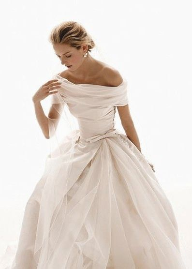 absolutely stunning vintage style off-the-shoulder wedding dress.  This gown is perfection.