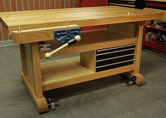 Craftsman Club Community - Custom Workbench
