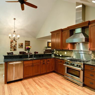17 best images about house remodel on pinterest split for Split foyer kitchen ideas