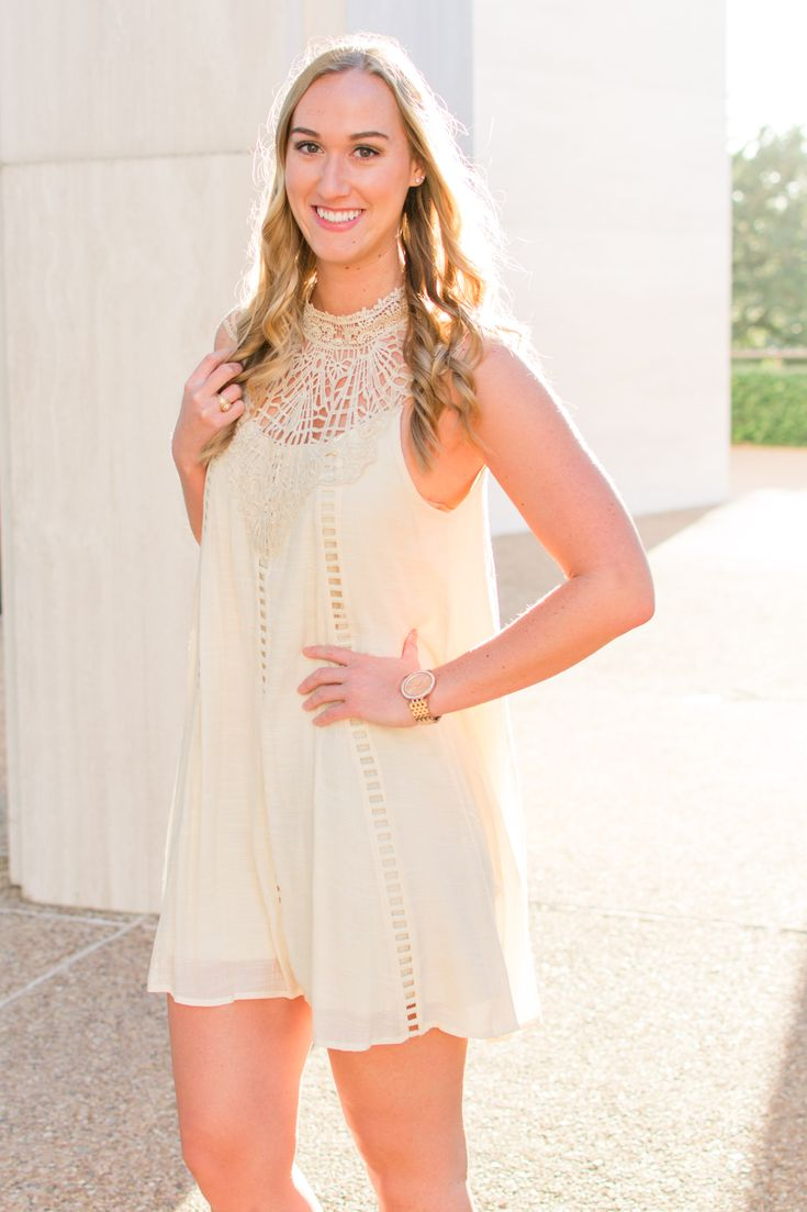 Texas A&M Senior pictures | graduation pictures | aggie ring picture class of 2018 | association of former students tamu | College Station Texas photography | Reilly Lynn photography | senior style | graduation pictures #seniorstyle #seniorphotography #texasseniorphotography #seniorpictureideas #seniorportraits