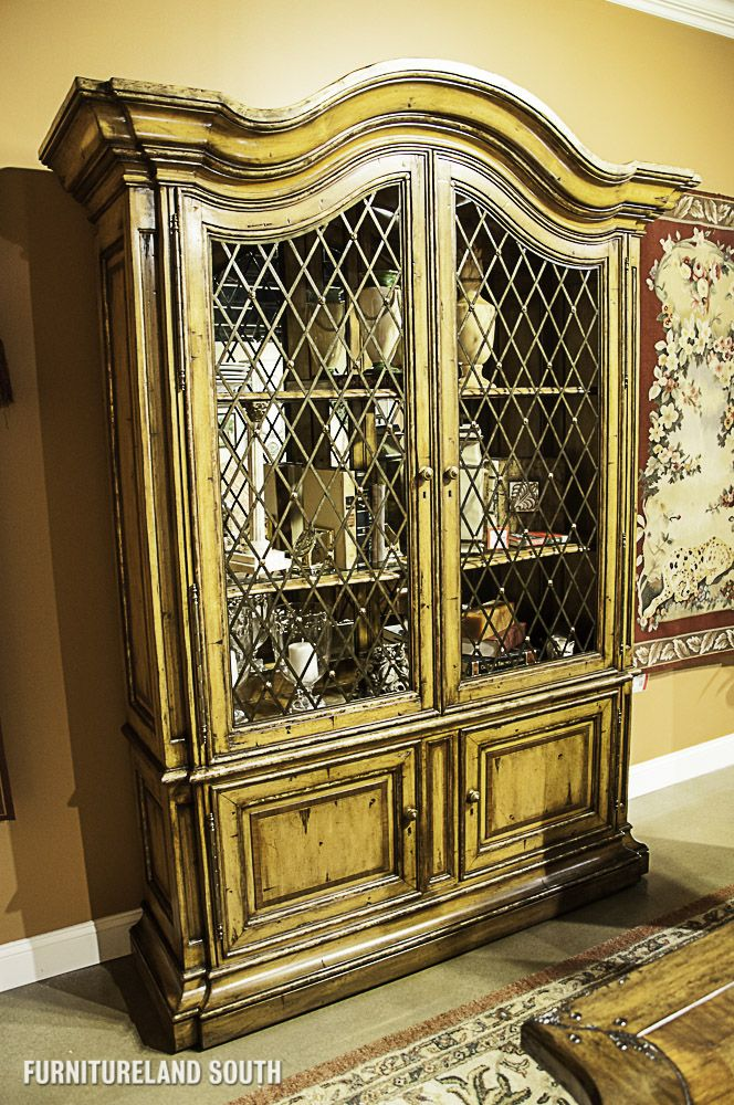 Marge Carson Umbria Wiltshire Display Cabinet