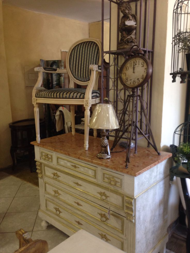 Chest of drawers with original marble top