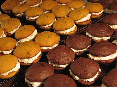 Pumpkin and Chocolate Gobs for everyone.  We had some of the best pumpkin gobs with cream cheese fluffy filling in PA