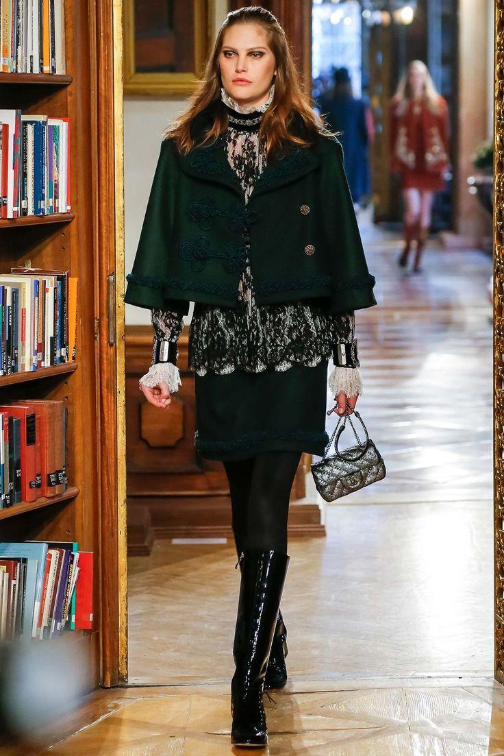 Chanel Pre-Fall 2015 Fashion Show - Catherine McNeil