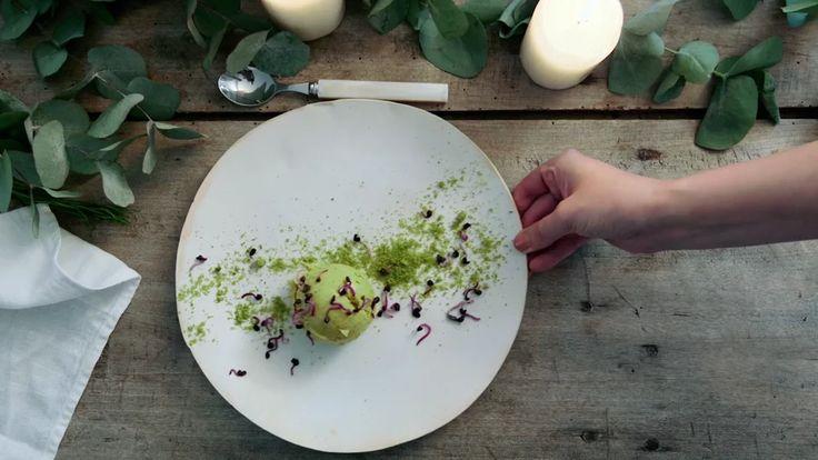 Homemade pistachio icecream  I  Comme Soie on Vimeo