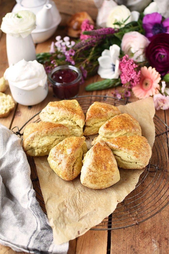Scones: Irische 15 Minuten Brötchen für ein gemütliches Frühstück - Das Knusperstübchen