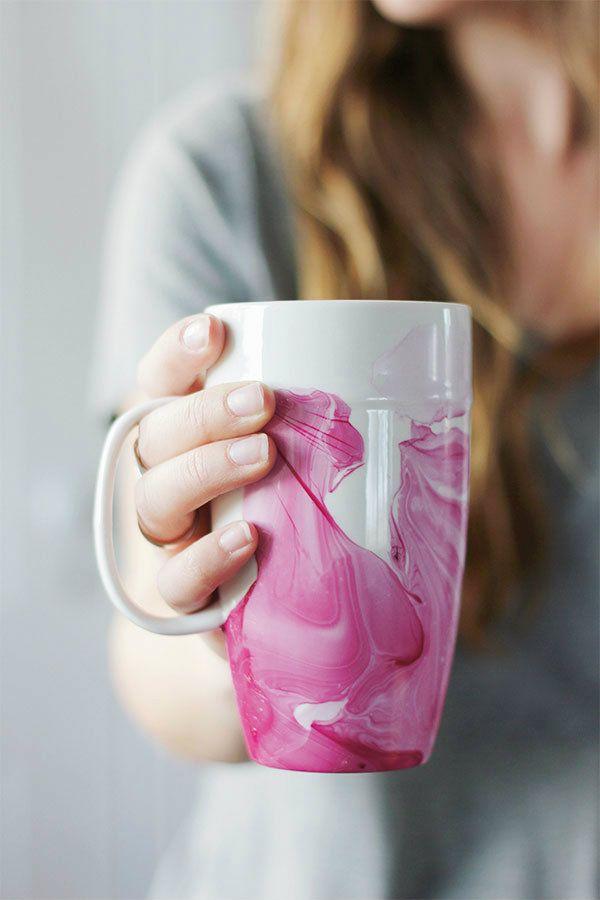 How To: DIY Marble Mugs Using Nail Polish