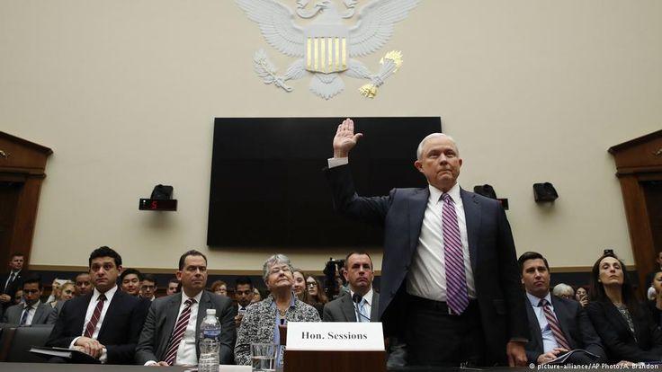 Secretario de Justicia de EE.UU. Sessions, interrogado por escándalo ruso -  WASHINGTON (Reuters) – El secretario de Justicia estadounidense, Jeff Sessions, fue interrogado por la oficina del funcionario que investiga la posible colusión entre Rusia y la campaña del presidente Donald Trump en las elecciones del 2016, dijo el martes el Departamento de Justicia. La e... - https://notiespartano.com/2018/01/24/secretario-justicia-ee-uu-sessions-interrogado-escandalo-ruso