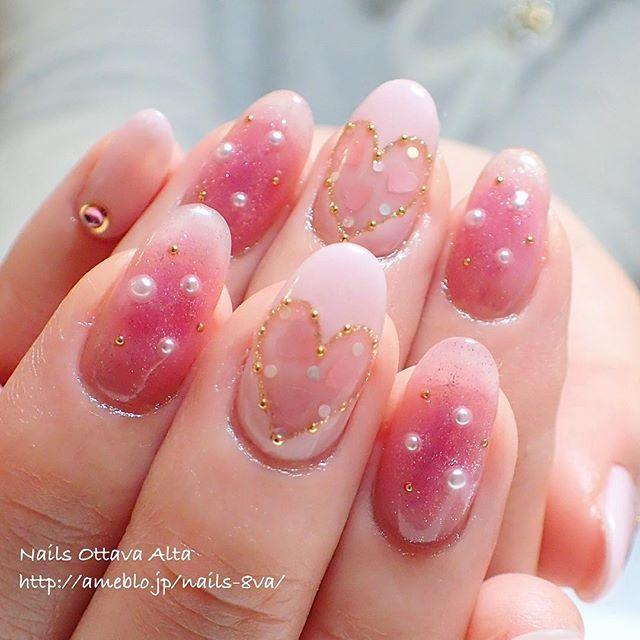 ハートのくり抜きを合わせて #nail #nails #nailart #nailaddict #naildesign #nailswag #nailstagram #newnails #ネイル #ネイルアート #ジェルネイル #春ネイル 〈お問合せ・ご予約はプロフィール欄のリンクから専用ページへどうぞ〉