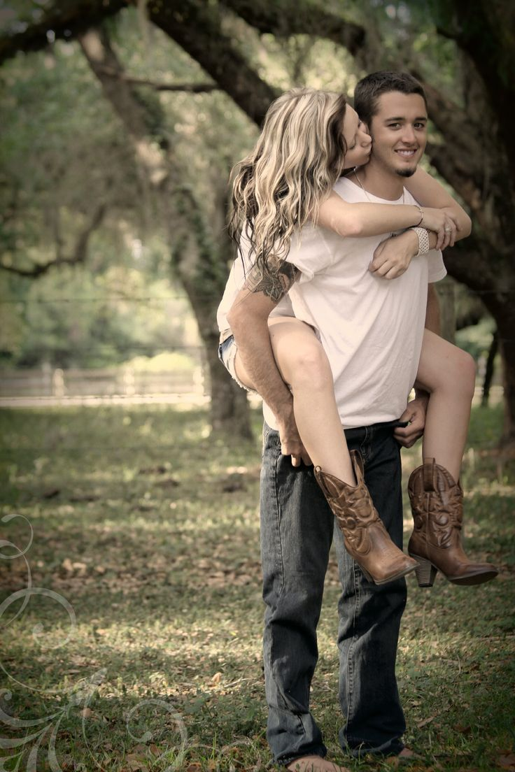 Country photography...engagement idea maybe???