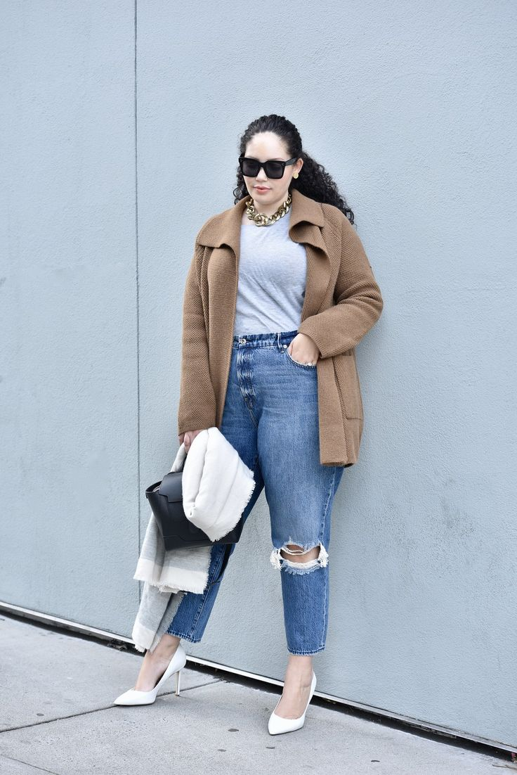 I'm Officially Obsessed with Coatigans | Girl With Curves | Girls winter fashion, Girl with curves, Chic outfits