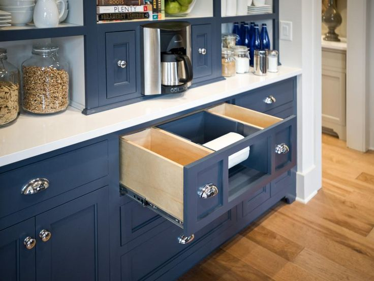 From clever cabinetry to functional furniture pieces, learn simple ways to organize your home with expert storage solutions from the HGTV Smart Home 2014.