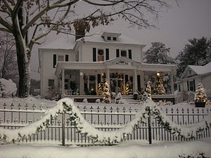 Gorgeous Home All Decked Out for Christmas <3