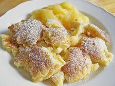 Kaiserschmarrn, ein raffiniertes Rezept aus der Kategorie Dessert. Bewertungen: 523. Durchschnitt: Ø 4,5.