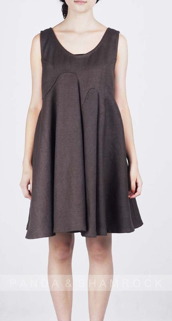 Children/dress/women clothing/linen/custom by pandaandshamrock, $65.00