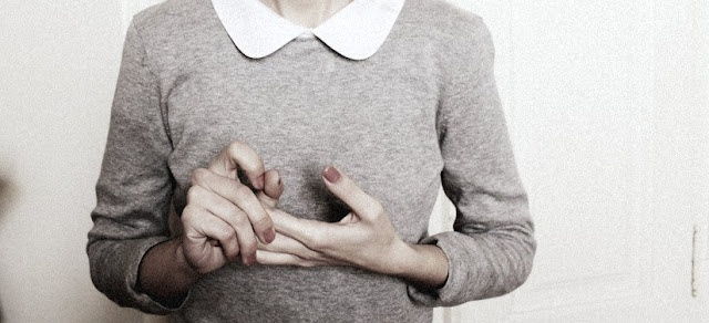 via la mignonette: Hand, Sweater, Style, Clothes, Clothing, Peter Pan Collars, Grey, Shirt