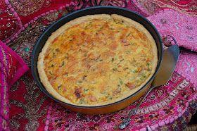 Piirakat ja croisantit ovat helposti mukaan otettavia herkkuja vappupiknikille. Croisantit voi tarjota hillon tai juustojen kanssa. ...