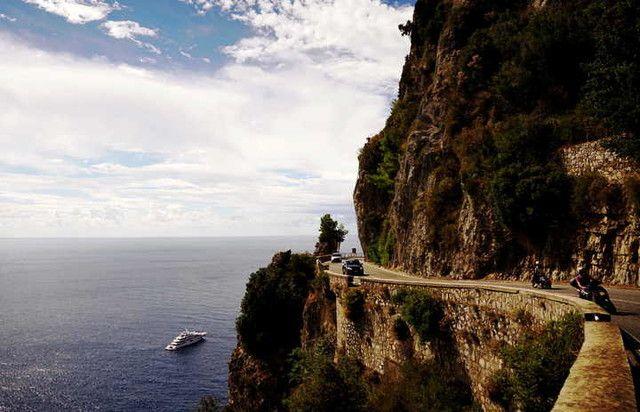 Road from Sorrento to Positano