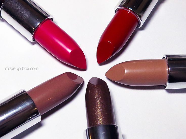 Because... we love lipsticks.  I admit I was never a huge fan of The Body Shop's lipsticks previously. But they've done it right this time.  The all-new 24-shade Body Shop Colour Crush lipstick range is intense, creamy, and totally worth checking out. #makeup #lipsticks #lips #color #cosmetics #beauty #beautynews