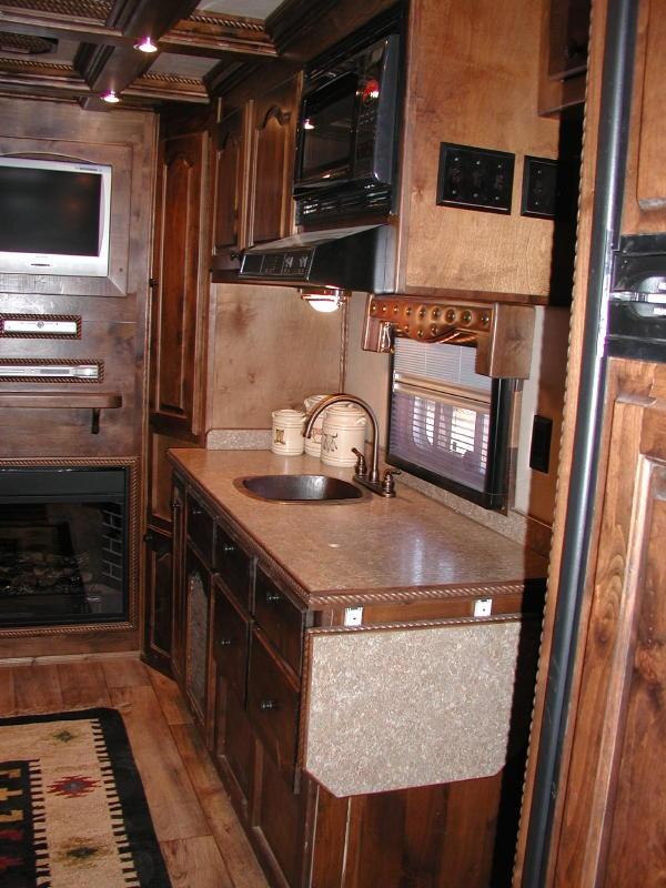 living quarter horse trailer interior options equinerv