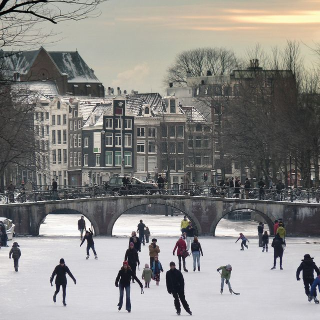 "Amsterdam's canals become all-natural ice-skating venues by B℮n, via Flickr @janeldel33 WE""RE GOING ICE SKATING IN AMSTERDAM"