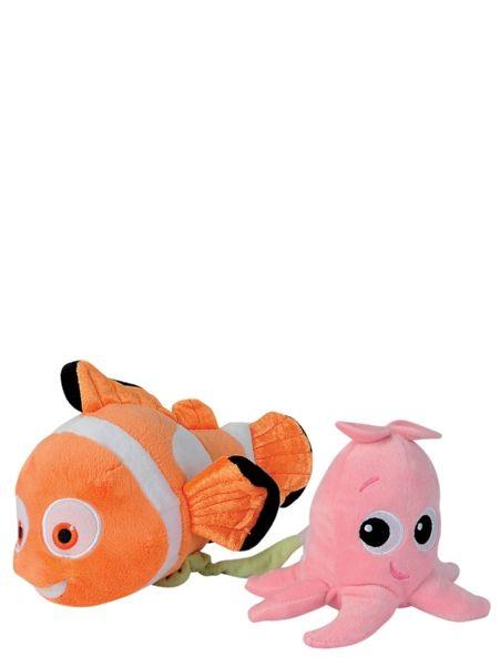 Hellyttävä Nemo-soittorasia on pehmeä unikaveri. Vedä söpön pinkki mustekala kauemmaksi Nemosta, niin kuulet rauhoittavan sävelmän! Pituus n. 22 cm.