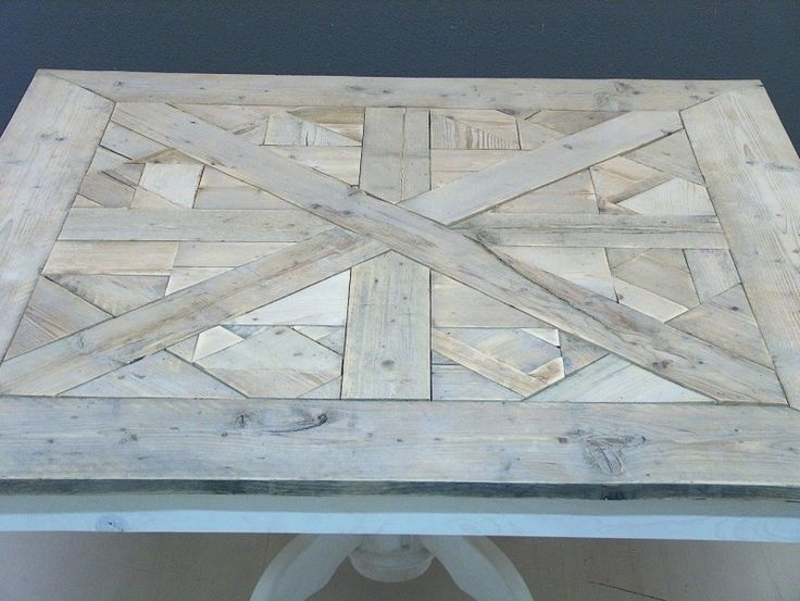 Tafel maison mozaiek vierkant en white-wash onderstel
