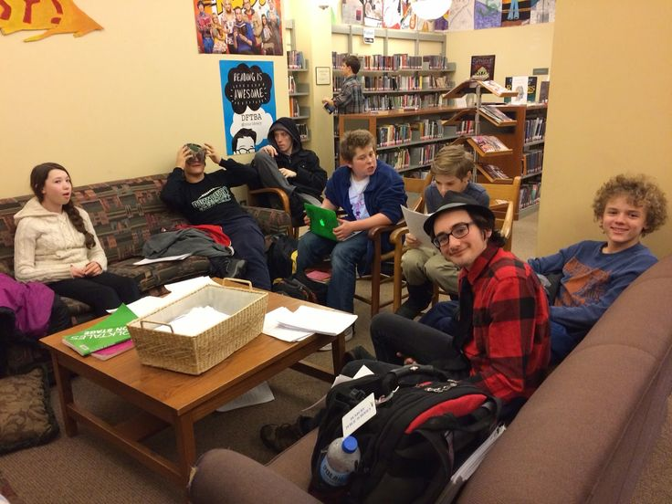LIBRARY AS MAKERSPACE: Podcasting with teens