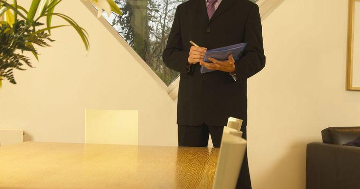 Las diez mejores compañías de seguros de auto y hogar. Los seguros para automóviles y de vivienda caen dentro del sector de los seguros de Propiedad y Accidentes. Antes de comprar una póliza de seguro para auto o casa, debes aprender más acerca de las diferentes empresas que ofrecen estas pólizas. Tu objetivo debe ser comprar la cobertura de seguro de una compañía que es financieramente estable y ...