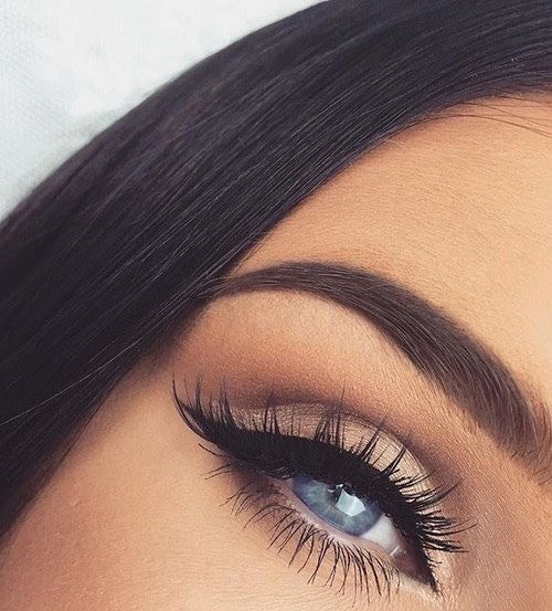 I want eye brows like this :(