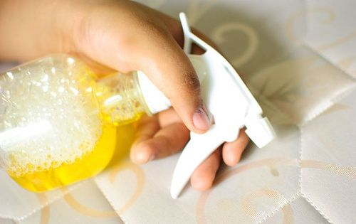 Come pulire e disinfettare il materasso