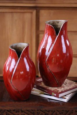 Beautiful Handmade Ceramics for people who want something unique. Pots, Vases and Lanterns that will bring colour and warmth to your home, with a range to suit any decor.. For more information Please take a moment to visit our website : http://www.ayuunique.com.au/