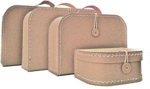 sada kufříků od pidi až po školní kufřík. Pidi kufřík se vejde do školního jako penál. Velice stylové.
