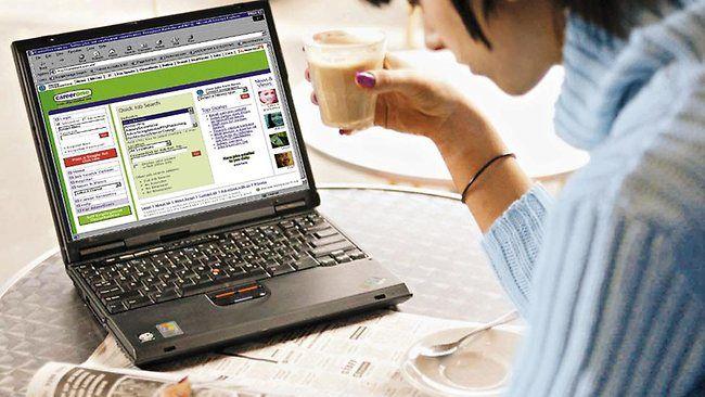 5000 cut as jobs market slackens