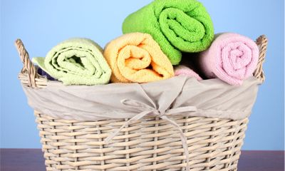 Er gaat niets boven een zachte, schoongewassen handdoek om je na een fijne douchebeurt in te verstoppen. Heerlijk frisse handdoeken geven een echt ontspanningsmoment en maken je even zen. Maar, is die handdoek wel echt schoon? Elke dag de wasmand in is natuurlijk onzin (en belastend voor het milieu!), maar hoe vaak moet je die…