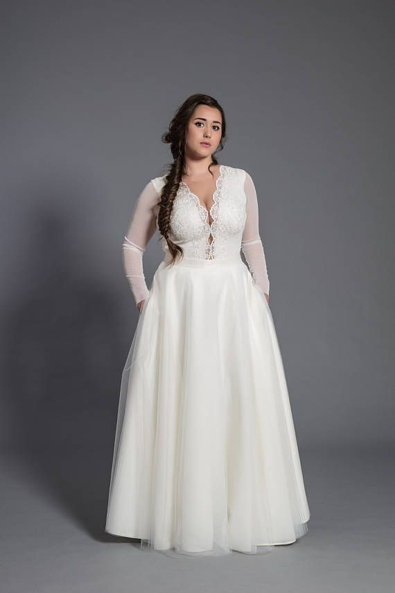 PLUS SIZE Maxi tulle skirt with pockets tulle skirt ecru