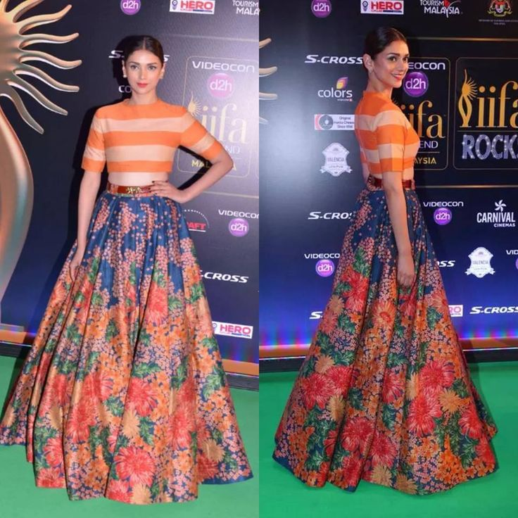 No one does stripes and floral prints better then Sabyasachi and Aditi Rao Hydari looks stunning in it #AditiRaoHydari #SabyasachiMukherjee  #DesignerOutfitsOnline #Colours #Stage3