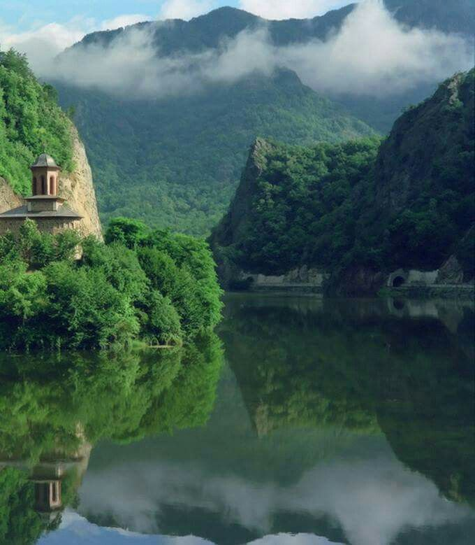 Oltului Valley, Romania