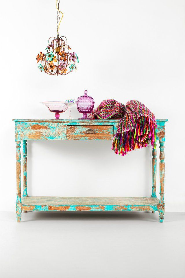 colors!Lamps, Inspiration, Lights Fixtures, Consoles Tables, Pretty Colors, Distressed Furniture, Sofas Tables, Rustic Chic, Mornings Lights