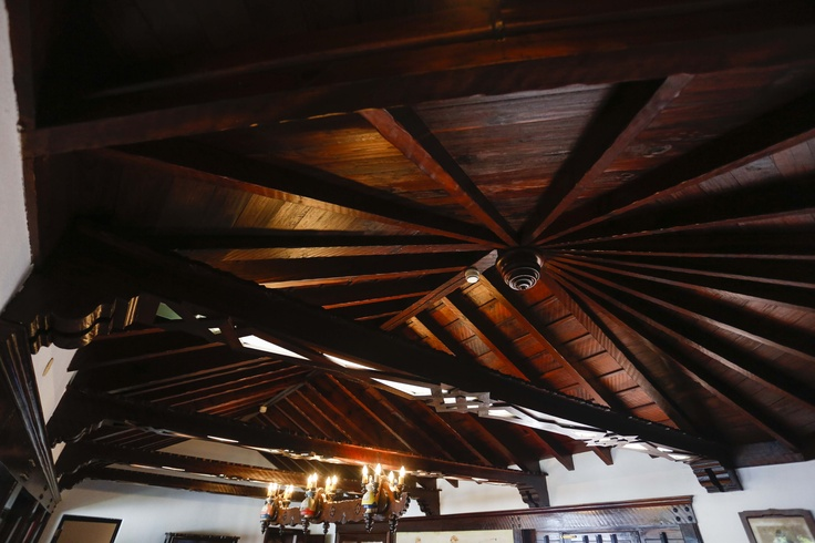 Artesonado del Salón de Reuniones - Wooden ceiling Meeting Hall