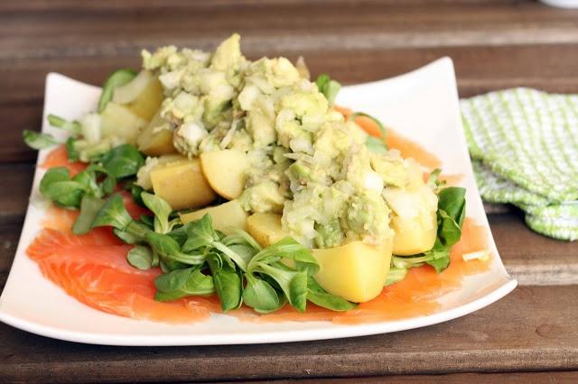 Igloo cooking ensalada de patata con salm n ahumado y - Ensalada de aguacate y salmon ahumado ...