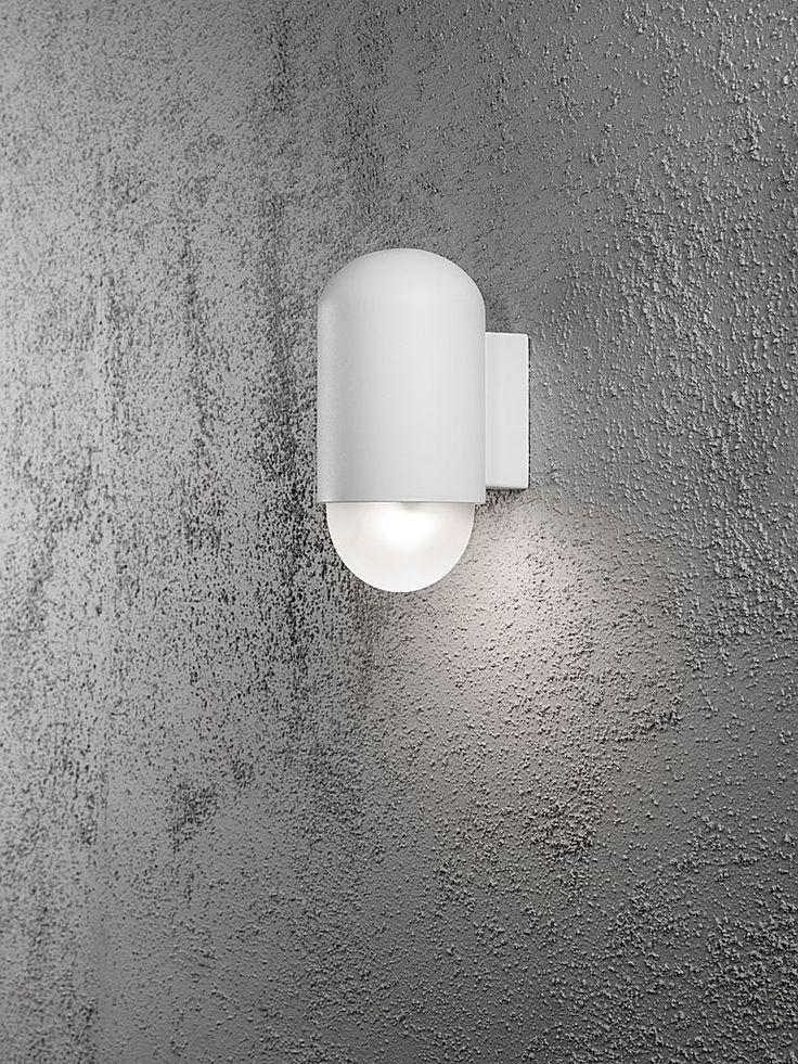 Vit utomhuslampa - Konstsmide Sassari LED vägglampa