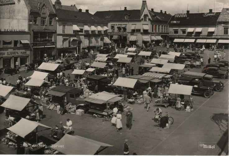 Tønsberg Torvet 1930-tallet utg Mittet