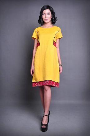 20210 Megersing tenun dress