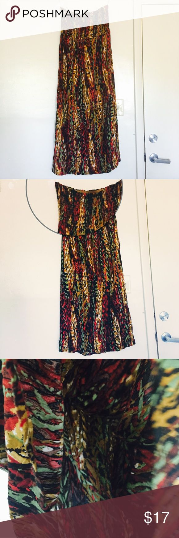 *New Look* Strapless Tropical Print Maxi Dress Great Condition ⭐️ Women's XXL (Size 18-20) Thin but strong material, stretchy bust top which is great for slipping in and out.  (Aproxima.) Measurements based on size chart.... 18-20  Bust: ~47.5-50 in Waist: ~42-44in Lower Hip: ~50-53  #womens #womensdresses #plusmaxidress #maxidress #tropical #summerstyle #spring #womensfashion #fashion #tribal #womensxxl #womensplus #plusdress #sizexxlwomens #hot #longdresses #newlookdress #informal…