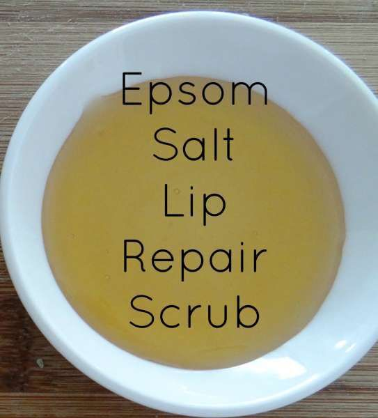 This recipe shows you how to repair dry cracked lips with a soothing scrub. It is natural and will leave your lips exfoliated.