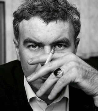 Raymond Carver, American short story writer. What We Talk About When We Talk About Love, Short Cuts
