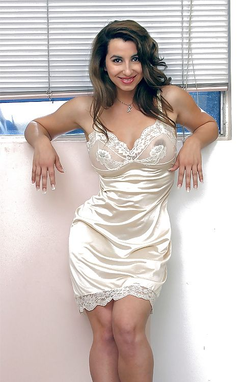 What To Wear Under Shirt Dresses Bra Panties Slips 54