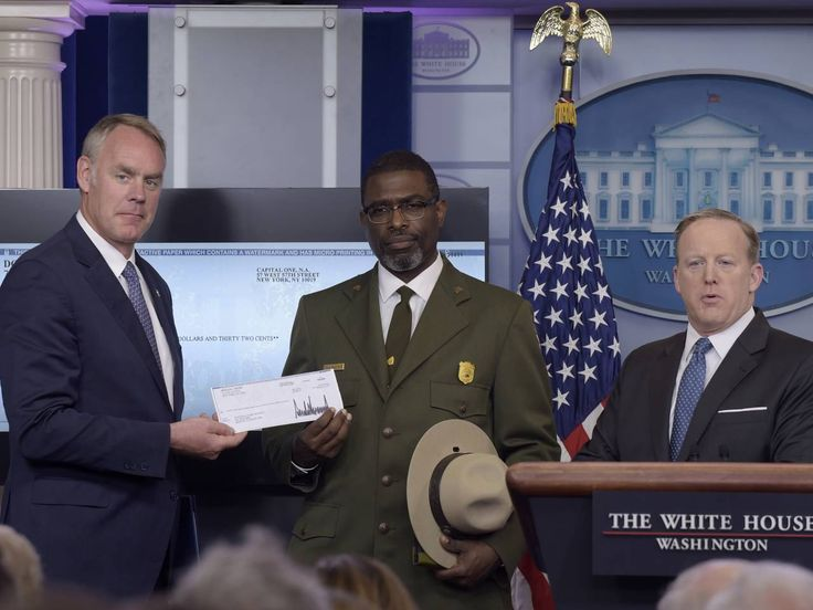 Donald Trump's donation to the National Park Service is nothing more than a publicity stunt - Salon.com
