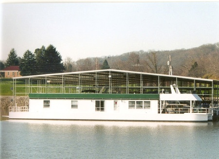 1999 Catamaran Style Pontoon   $74,900
